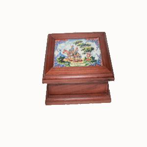 Caja de madera D. Quijote y Sancho
